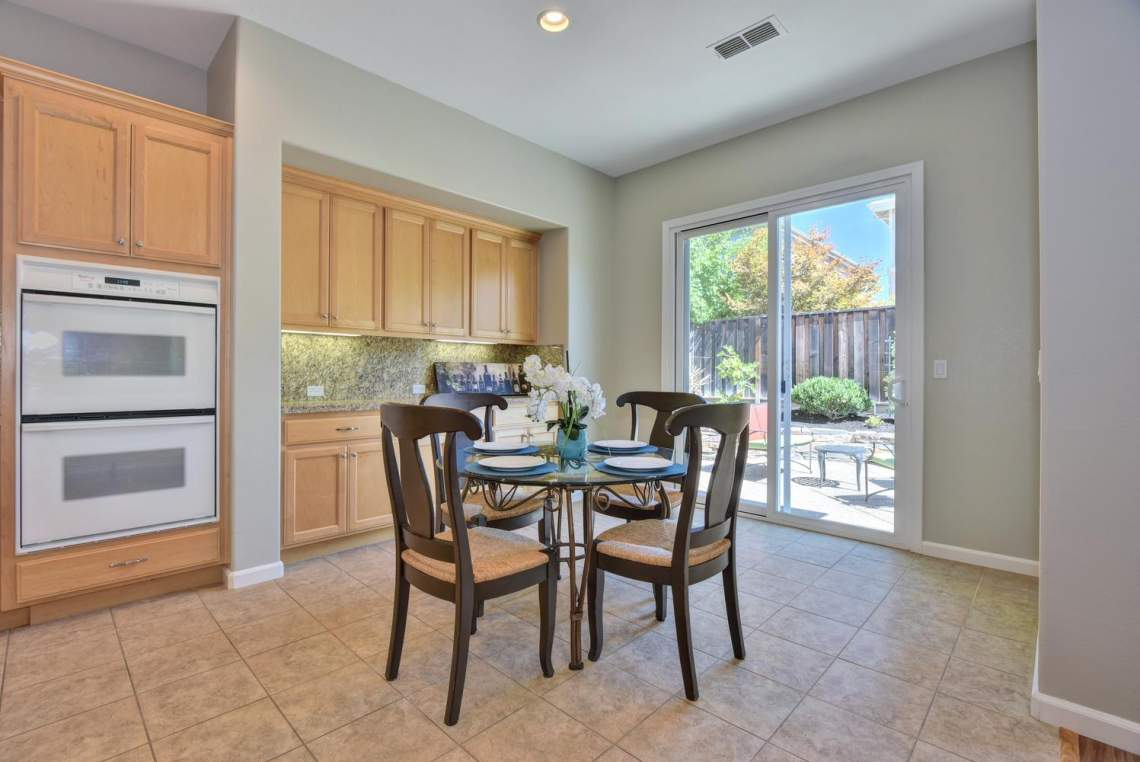 1121-Donahue-Dr-Pleasanton-CA-large-007-007-Dining-Room-1497x1000-72dpi