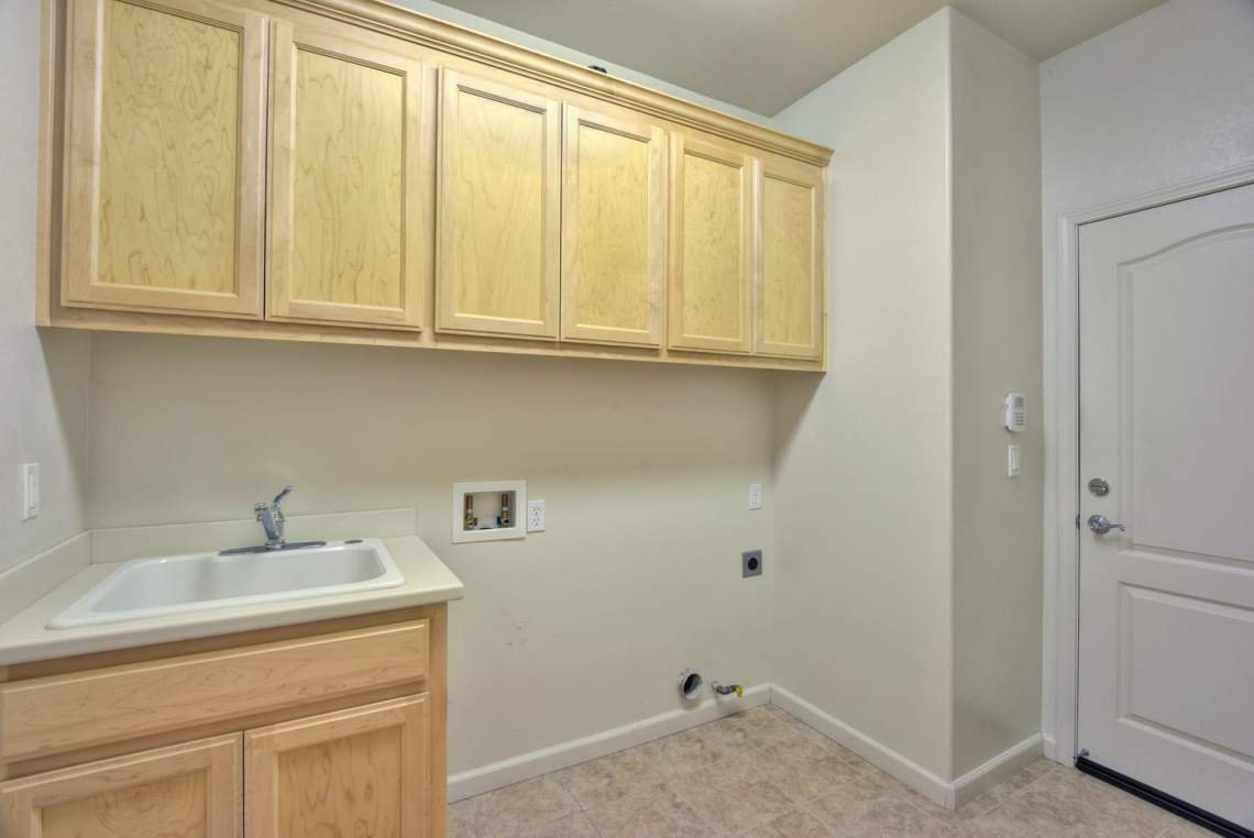 1121-Donahue-Dr-Pleasanton-CA-large-009-008-Laundry-Room-1496x1000-72dpi