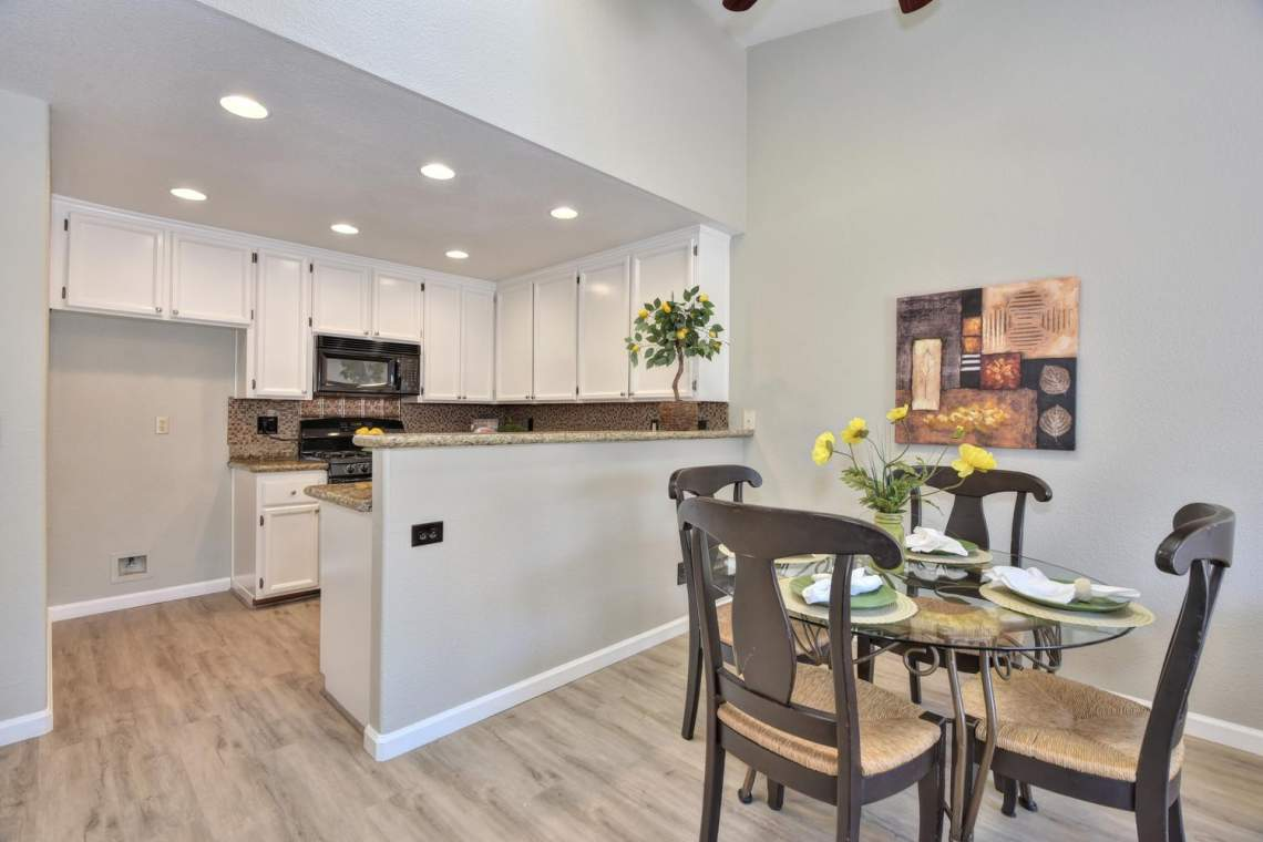 2910-Garden-Creek-Cir-large-008-14-Kitchen-and-Dining-Room-1500x1000-72dpi