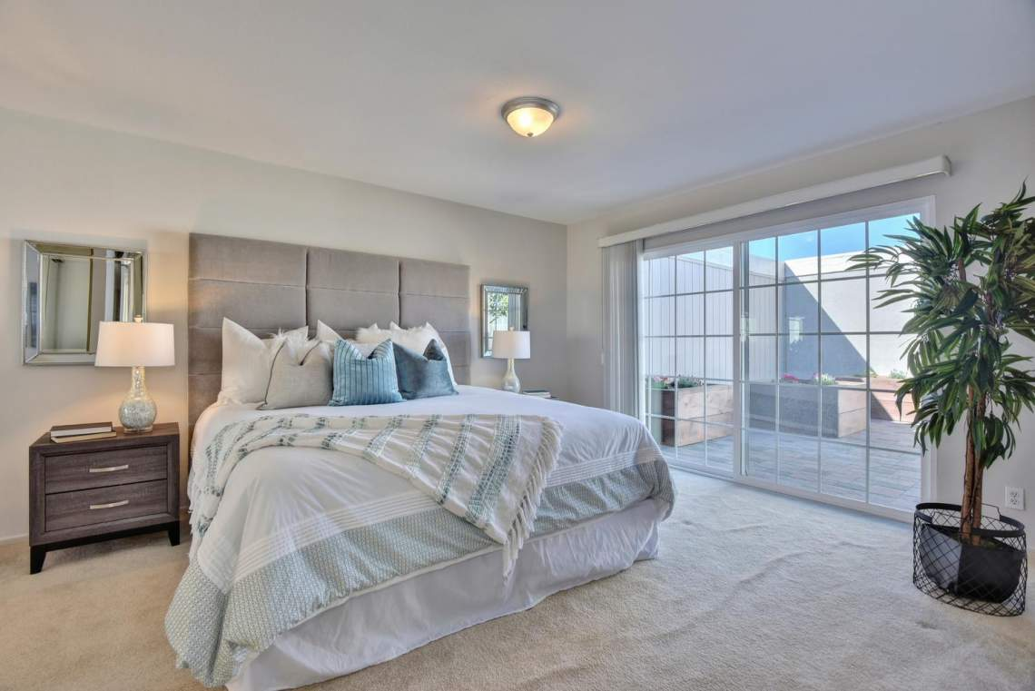 37199-Greenpoint-St-Newark-CA-large-017-017-Master-Bedroom-1499x1000-72dpi