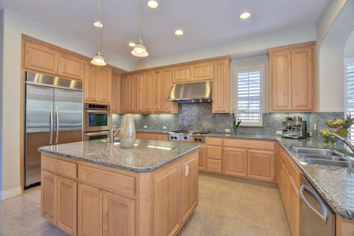 1459-Irongate-Ct-Pleasanton-CA-large-012-011-Kitchen-1500x1000-72dpi