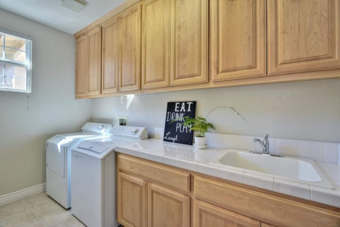 1459-Irongate-Ct-Pleasanton-CA-large-016-016-Laundry-Room-1499x1000-72dpi