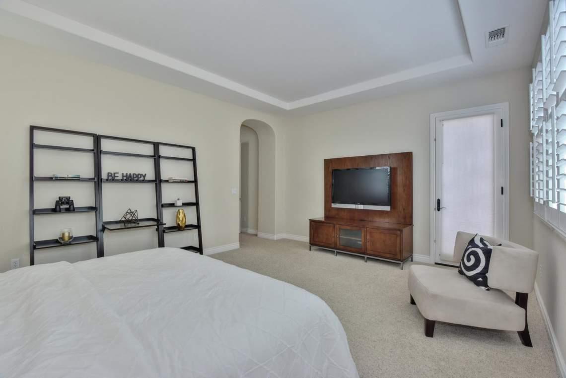 1459-Irongate-Ct-Pleasanton-CA-large-020-019-Master-Bedroom-View-1496x1000-72dpi