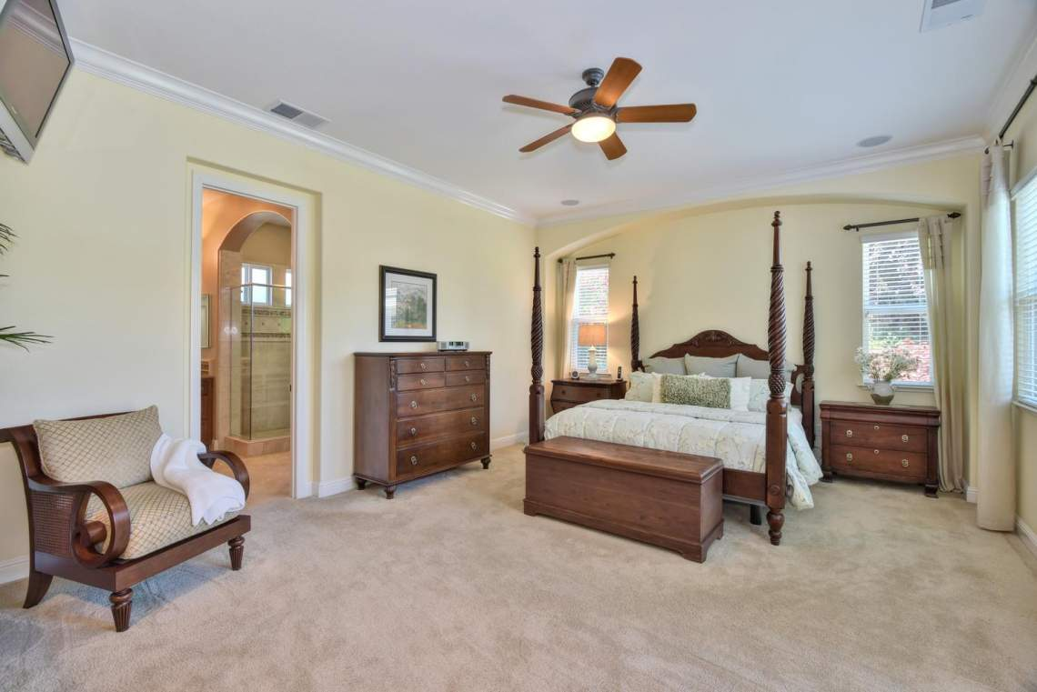 1059-Laguna-Creek-Ln-large-019-013-Master-Bedroom-1498x1000-72dpi