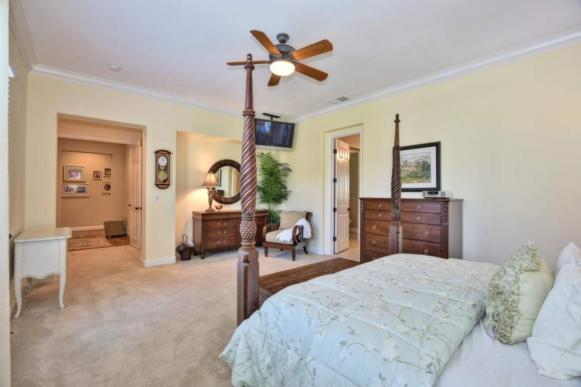 1059-Laguna-Creek-Ln-large-020-030-Master-Bedroom-View-1500x1000-72dpi