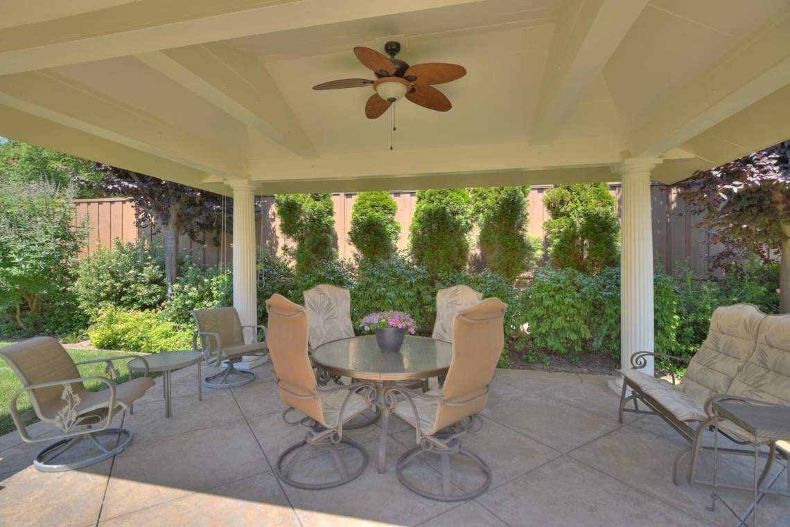 1059-Laguna-Creek-Ln-large-036-008-Patio-1500x1000-72dpi