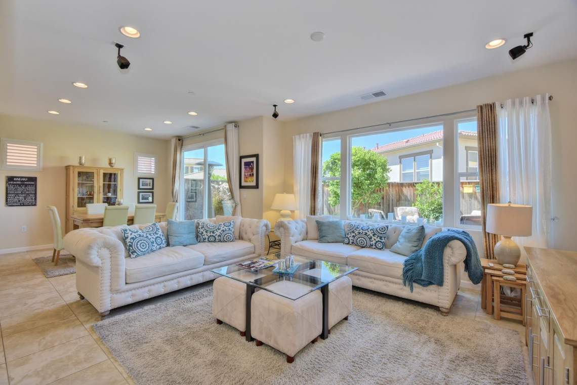 4488-Mazzoni-Terrace-Dublin-CA-large-003-Living-Room-View-to-Dining-1499x1000-72dpi