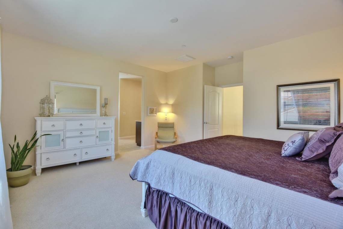 4488-Mazzoni-Terrace-Dublin-CA-large-013-Master-Bedroom-View-to-Master-1499x1000-72dpi