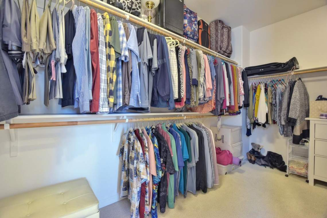 4488-Mazzoni-Terrace-Dublin-CA-large-016-Walkin-Closet-in-Master-1499x1000-72dpi