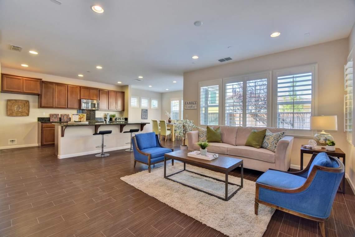 4500-Mazzoni-Terrace-Dublin-CA-large-003-007-Living-Room-View-to-Kitchen-1498x1000-72dpi