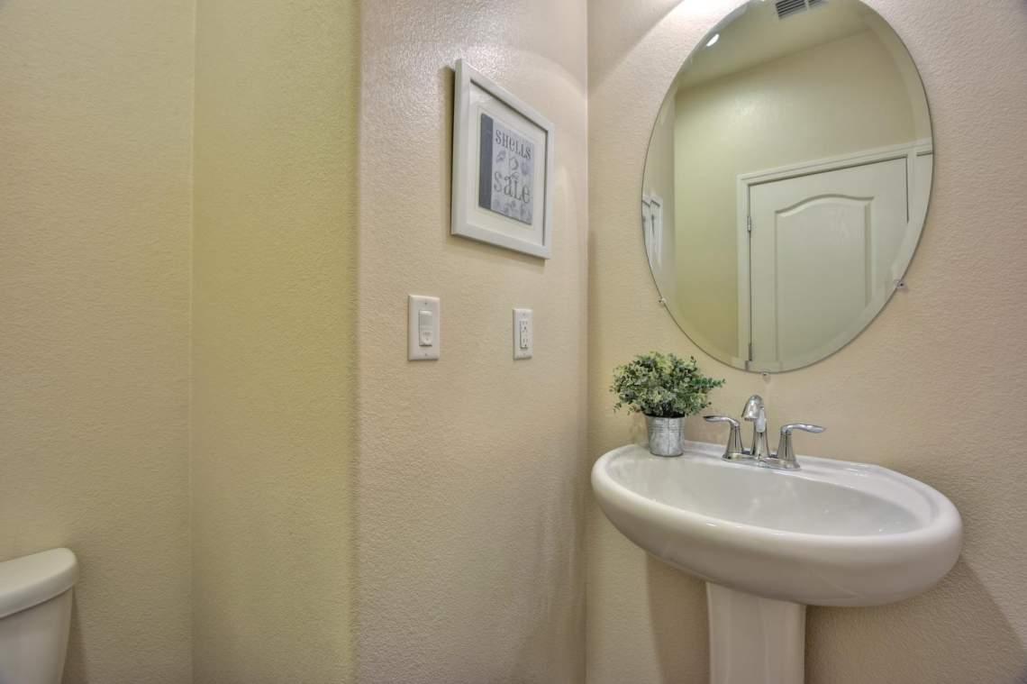 4500-Mazzoni-Terrace-Dublin-CA-large-016-002-Half-Bathroom-1500x999-72dpi