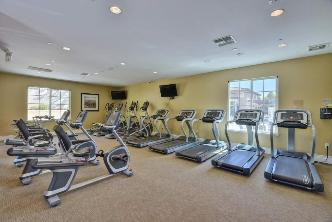 4500-Mazzoni-Terrace-Dublin-CA-large-022-020-Community-Fitness-Room-1500x1000-72dpi