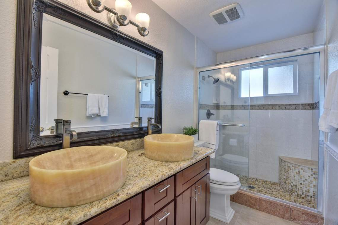 404-Mission-Dr-Pleasanton-CA-large-021-023-Bathroom-Two-1500x1000-72dpi