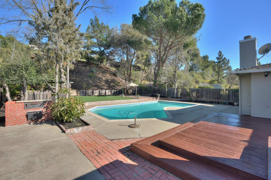404-Mission-Dr-Pleasanton-CA-large-022-031-View-to-Backyard-and-Swimming-1500x1000-72dpi