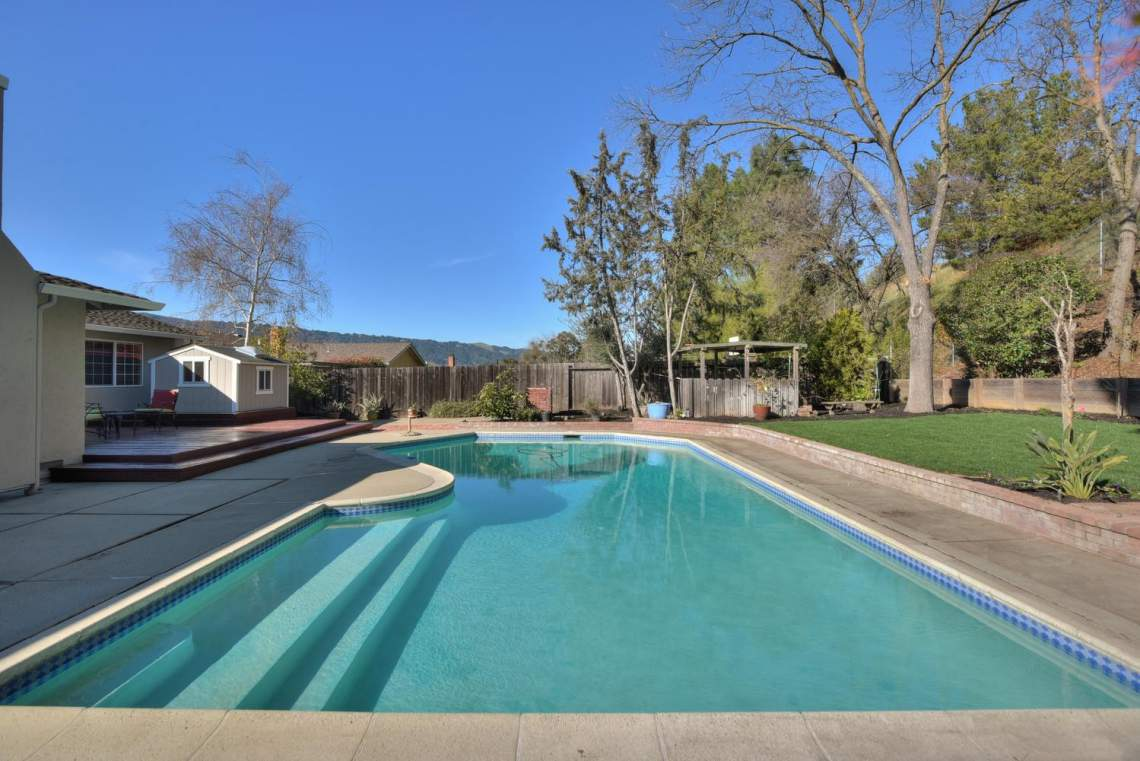 404-Mission-Dr-Pleasanton-CA-large-026-025-Swimming-Pool-Center-View-1499x1000-72dpi