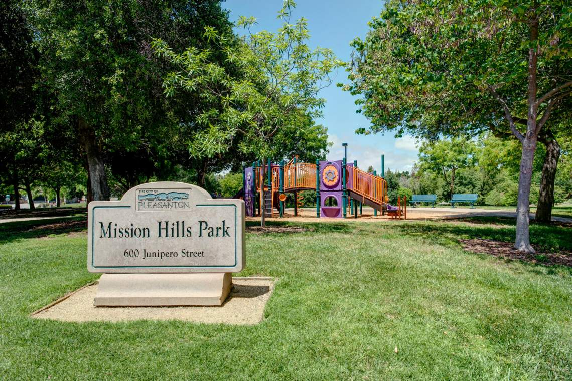 404-Mission-Dr-Pleasanton-CA-large-031-001-Home-Backs-to-Mission-Hills-1500x1000-72dpi