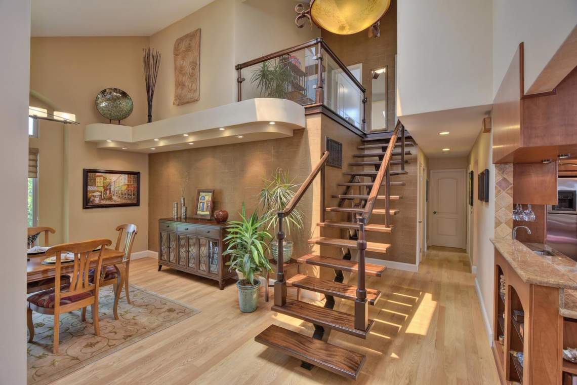 8481-Rhoda-Ave-Dublin-CA-94568-large-004-6-Entry-View-of-Stairs-1500x1000-72dpi
