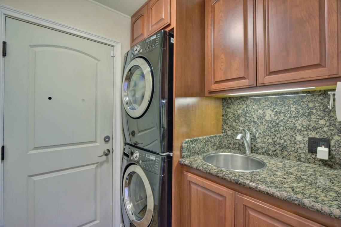 8481-Rhoda-Ave-Dublin-CA-94568-large-023-21-Laundry-Room-1499x1000-72dpi