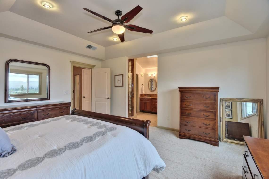 8481-Rhoda-Ave-Dublin-CA-94568-large-027-18-Master-Bedroom-View-1500x1000-72dpi