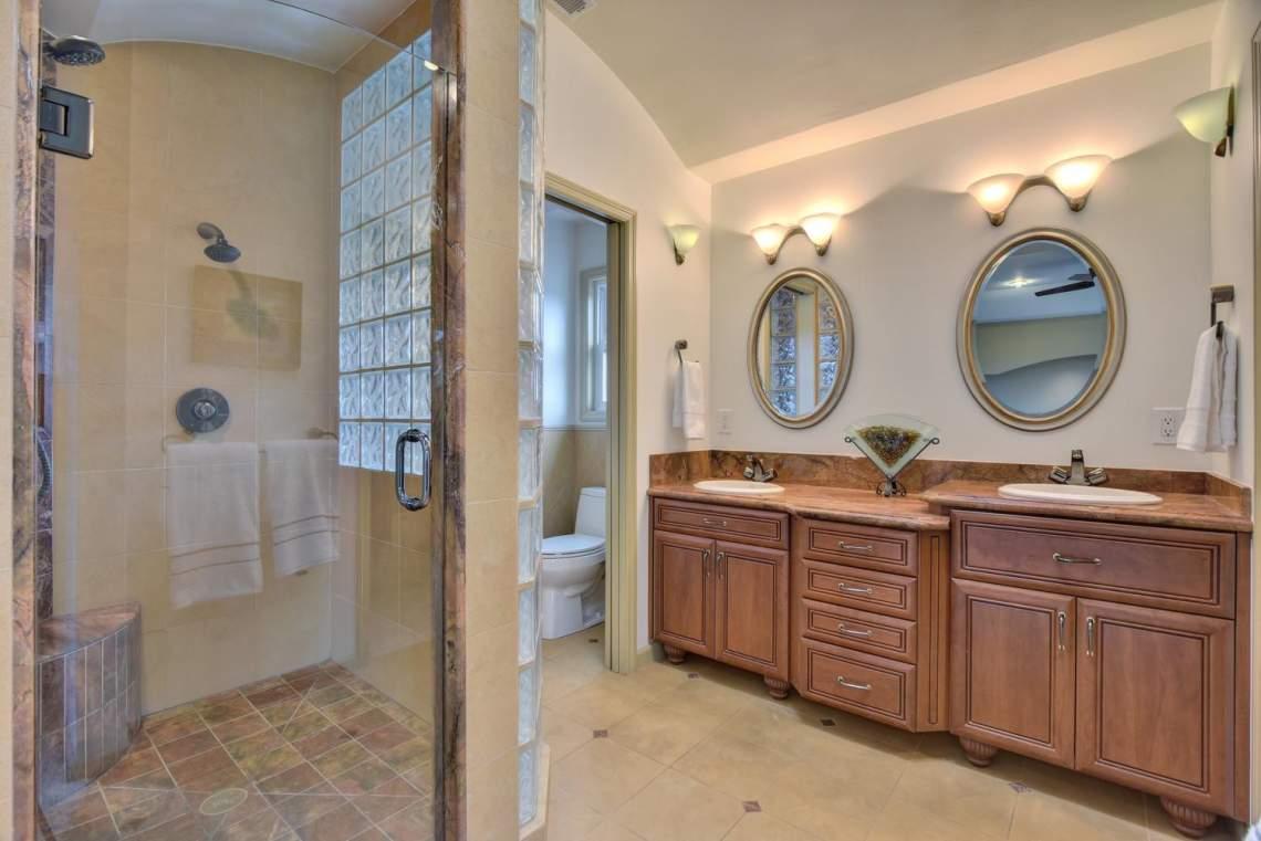 8481-Rhoda-Ave-Dublin-CA-94568-large-030-42-Master-Bathroom-1499x1000-72dpi
