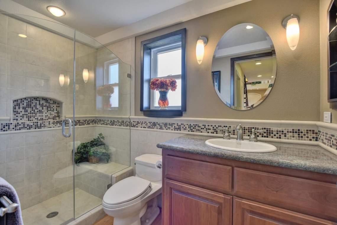 8481-Rhoda-Ave-Dublin-CA-94568-large-039-36-Bathroom-Three-1499x1000-72dpi