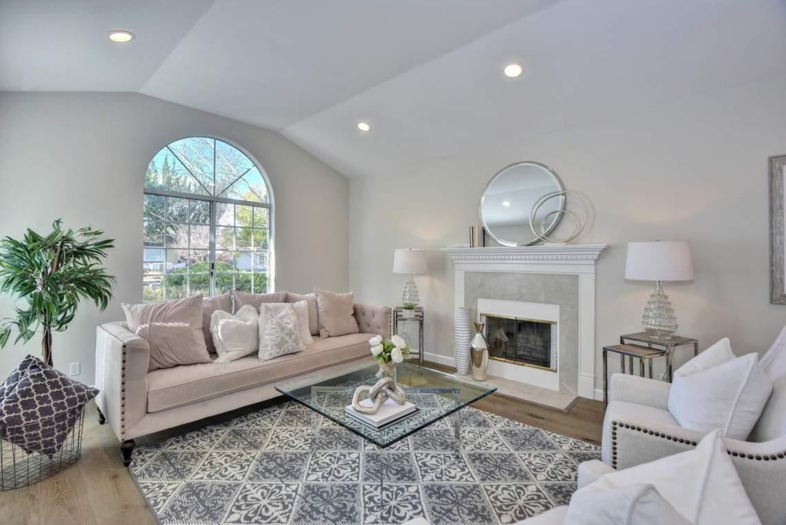 5588-San-Juan-Way-Pleasanton-large-005-008-Living-Room-1499x1000-72dpi
