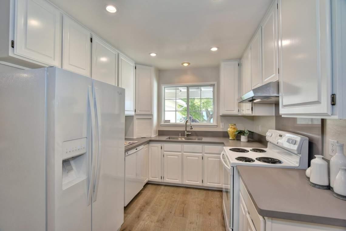 5588-San-Juan-Way-Pleasanton-large-009-013-Kitchen-1498x1000-72dpi