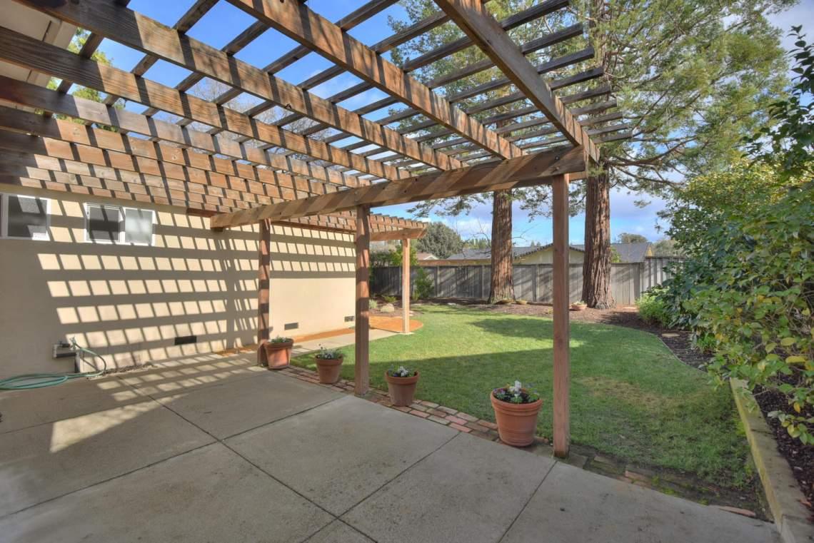 5588-San-Juan-Way-Pleasanton-large-022-026-Patio-View-to-Backyard-1500x1000-72dpi