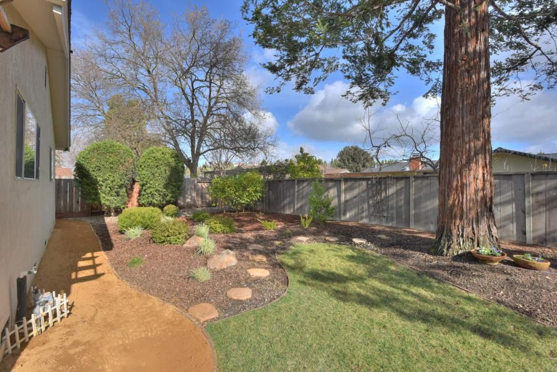 5588-San-Juan-Way-Pleasanton-large-025-028-Backyard-View-Three-1500x1000-72dpi