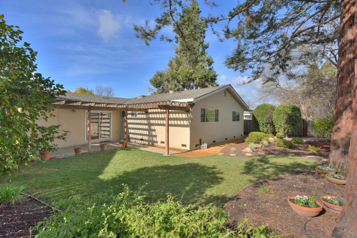 5588-San-Juan-Way-Pleasanton-large-026-031-Backyard-View-1500x1000-72dpi