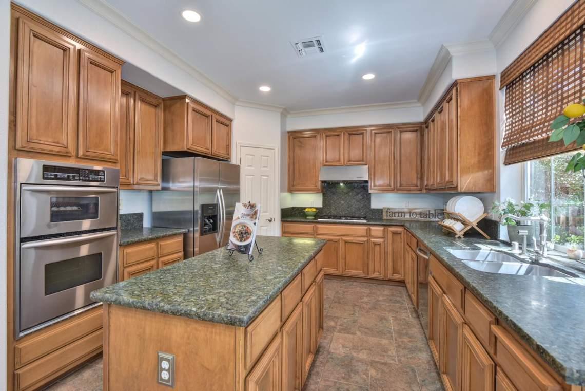 708-St-John-Cir-Pleasanton-CA-large-012-012-Kitchen-1500x1000-72dpi