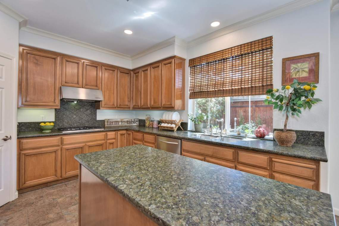 708-St-John-Cir-Pleasanton-CA-large-013-013-Kitchen-View-1498x1000-72dpi