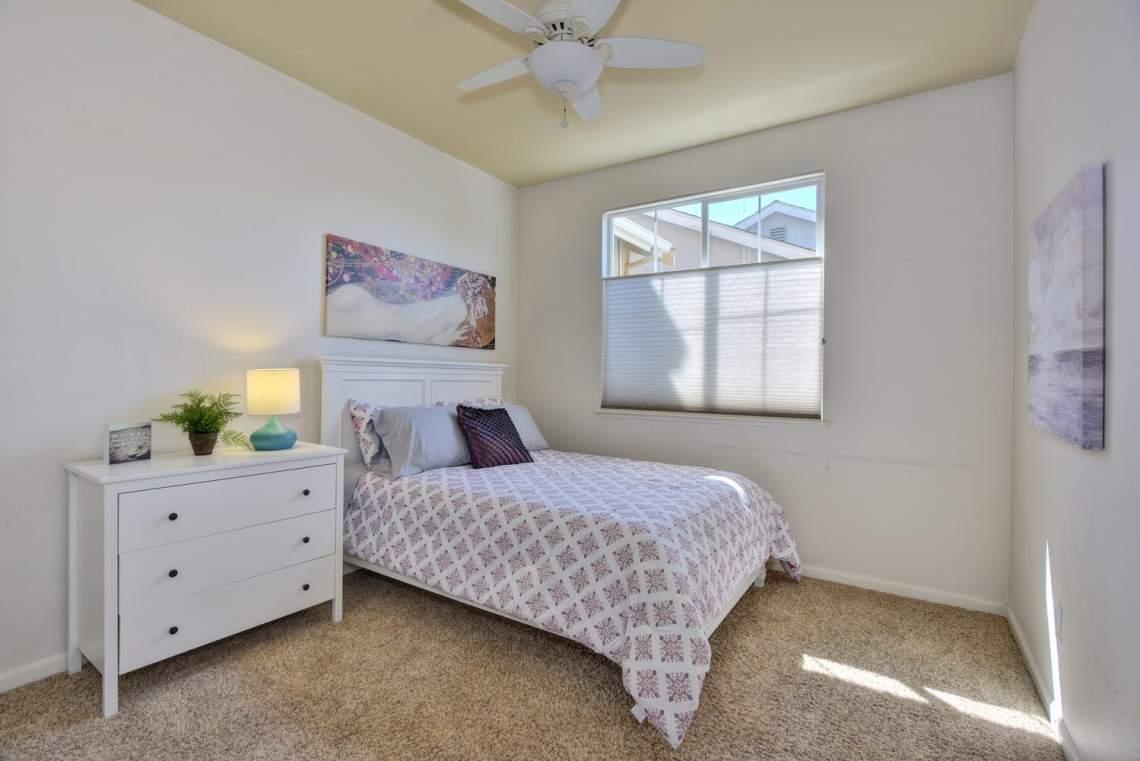 708-St-John-Cir-Pleasanton-CA-large-021-015-Bedroom-Two-1499x1000-72dpi